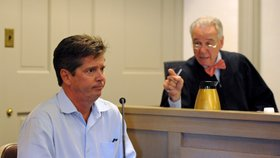 Otec údajné oběti během slyšení, kde si Kevin Spacey poslechl rozsudek
