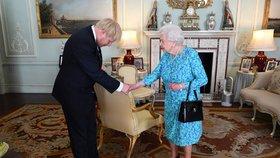 Novým britským premiérem se stal Boris Johnson, kterého vedením vlády pověřila královna Alžběta II.