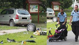 V Humpolci najelo auto do kočárku s dvěma dětmi, jedno zemřelo