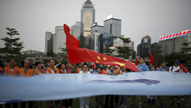Demonstrace v Hongkongu pokračují, přidávají se už i učitelé