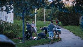 Krvavý masakr v Praze: Útočník pobodal u metra Luka ženu a muže