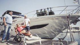Luxusní jachta prý vypustila do Jadranu výkaly, tvrdí chorvatská média. Český majitel lodi promluvil