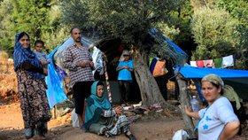 Řecko posílí kontrolu hranic a začne přesouvat běžence z ostrovů.