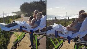 Dojemné fotografie: Zdravotníci zastavili umírajícímu otci čtyř děti, který si přál vidět oceán