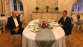 Prezident Miloš Zeman (vlevo) a premiér Andrej Babiš (ANO) na společné schůzce v Lánech (16. 9. 2019)