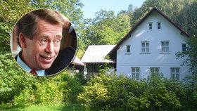 Co by na to řekl Havel (†75)? Pustý Hrádeček rychle zarůstá...