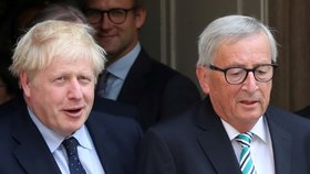 Britský premiér Boris Johnson a předseda Evropské komise Jean-Claude Juncker
