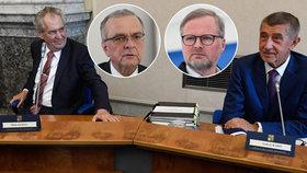 Opozice ostře kritizuje Zemanovo prohlášení o abolici v Babišově kauze