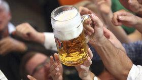 V Mnichově se koná další ročník populárního pivního festivalu Oktoberfest. Očekává se až šest milionů návštěvníků (21. 9. 2019)