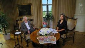 Prezident Miloš Zeman a moderátorka Vera Renovica v pořadu S prezidentem v Lánech (22. 9. 2019)