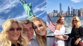 Babišovi před Sochou svobody. Premiérova žena Monika Babišová se na instagramu pochlubila fotkami z USA. I s dcerou Vivien