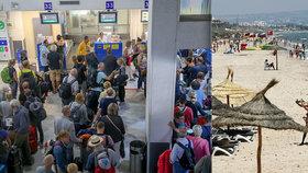 Krach cestovní kanceláře Thomas Cook zasáhl tisíce turistů v různých destinacích včetně Španělska či Tuniska