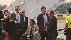 Marie Zelníčková v USA, na letišti ji přivítal Eric Trump