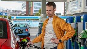 Tankování v Česku: Benzin a nafta mírně zlevnily