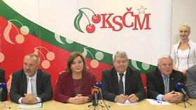 Schillerová mezi komunisty: S Babišem jednali v centrále KSČM o rozpočtu, na tiskovce usedla vedle Filipa jen vicepremiérka.