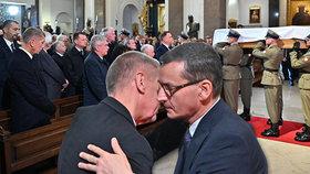 Andrej Babiš vyrazil do Varšavy na pohřeb otce polského premiéra Morawieckého