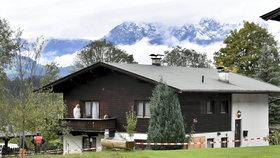 V tomto domě v rakouském Kitzbühelu zavraždil muž svou expřítelkyni a její rodinu.