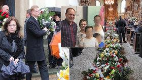 Na pohřbu manželky Marka Výborného Markéty nechyběl ani bývalý šéf lidovců Pavel Bělobrádek (vlevo)