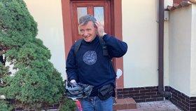 David Rath si užíval poslední doušky svobody před nástupem do věznice, vyrazil v Hostivici na kolo (7.10.2019)
