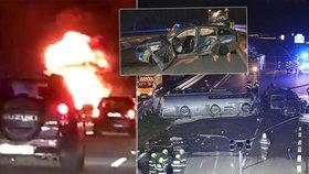 Ohnivé peklo na D1, na Brno stále nejede! Při hromadné bouračce uhořel řidič