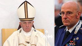 Papež František přišel o šéfa své ochranky, Domenica Gianiho.