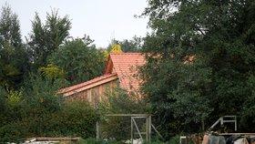 Muž v Nizozemsku držel svou rodinu roky ve sklepě.