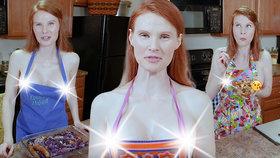 Žhavé vaření: Blogerka vaří pouze v zástěře! Její videa jsou hitem internetu.