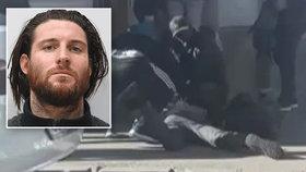Shane O'Brien (31), který se nějakou dobu skrýval v Praze, byl odsouzen za vraždu na doživotí.