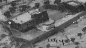 Pentagon zveřejnil záběry ze zásahu proti vůdci takzvaného Islámského státu (IS) abú Bakrovi Bagdádímu na severozápadě Sýrie.