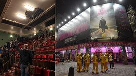 Při představení v divadle v Londýně se zřítila část stropu