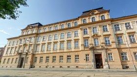 Budovy a fakulty Univerzity Palackého v Olomouci