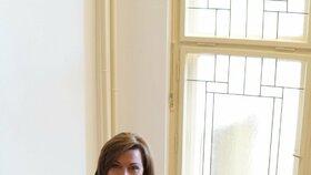 Ministrině financí Alena Schillerová (za ANO)