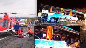Autobus plný školáků se srazil s náklaďákem: Nejméně 12 mrtvých a mnoho zraněných!