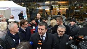 Ministr vnitra Jan Hamáček (ČSSD) při oslavách 30 let svobody na Národní třídě (17. 11. 2019)