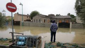 Francie se potýká s mohutnými záplavami (24. 11. 2019)