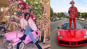 V tropech nebo na horách, hlavní je luxus. Zlatá mládež se na Instagramu chlubí, jak tráví Vánoce