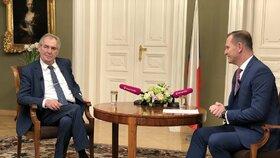 Miloš Zeman na TV Barrandov při rozhovoru s Jaromírem Soukupem (28. 11. 2019)