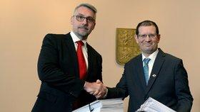 Ministr obrany Metnar podepsal smlouvu o nákupu radarů za 3,5 mld. korun (5. 12. 2019).