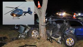 Mladík (21) nevytočil zatáčku a narazil do stromu: Do nemocnice ho musel transportovat vrtulník!