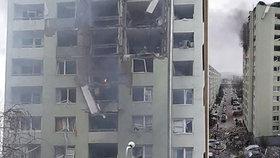 Výbuch plynu ve slovenském paneláku: Na místě jsou mrtví, hlásí hasiči.