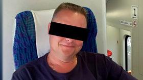 Jedním ze zavražděných bachařů je i Petr L.