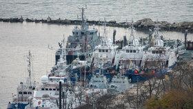 Ukrajinské lodě na Krymu