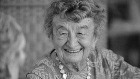 Zemřela Miloslava Kalibová (na snímku z 23. července 2015), která přežila vypálení Lidic, pobyt v koncentračním táboře i pochod smrti. Své vzpomínky předávala veřejnosti prostřednictvím besed i dokumentů. Dožila se téměř 97 let.