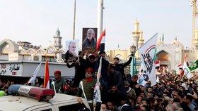 Desetitisíce rozhořčených lidí se sešly v Bagdádu na smutečním průvodu za velitele íránských jednotek Kuds Kásema Solejmáního. (4.1.2020)