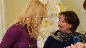 První dáma Ivana Zemanová s manželkou premiéra Andreje Babiše Monikou.