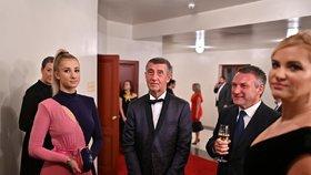 Andrej Babiš vzal kromě manželky Moniky do Státní opery i dceru Vivien (5.1.2020).