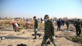 Tragický pád letadla ukrajinských aerolinií po startu z íránského Teheránu (8.1.2020)