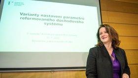 Ministryně práce a sociálních věcí Jana Maláčová (ČSSD) na jednání Komise pro spravedlivé důchody. (10. 1. 2020)