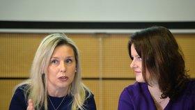 Ministryně práce a sociálních věcí Jana Maláčová (ČSSD) a předsedkyně Danuše Nerudová na jednání Komise pro spravedlivé důchody. (10. 1. 2020)