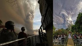 Snoubencům svatbu nepřekazila ani probuzená sopka.